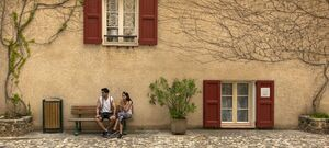 Moustiers Sainte Marie Couple